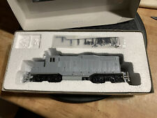 Walthers Trainline GP9M Undecorated