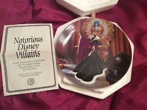 "Disney villains -""The Evil Queen"" collector plate-1993"