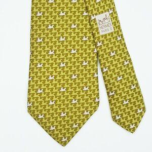 HERMES TIE 5385 OA Bird on Olive Green Classic Silk Necktie