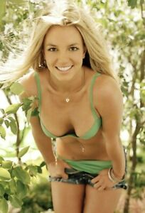 Britney Spears (2) 4x6 Glossy Photos