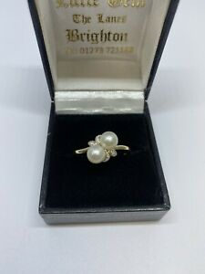 Pearl and diamond 9ct Ring