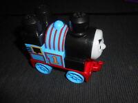 Mega Bloks Thomas & Friends Train Engine THOMAS 5pcs