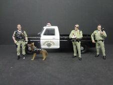 Greenlight 1975 Ford F-100 CA Highway Patrol + 3 CHP Officers & K9 - Loose 1:64