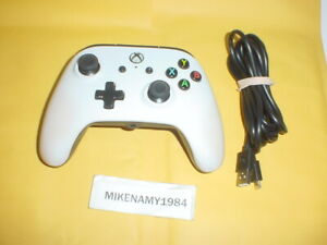 WHITE WIRED XBOX ONE Wired controller - Tested & Works Great