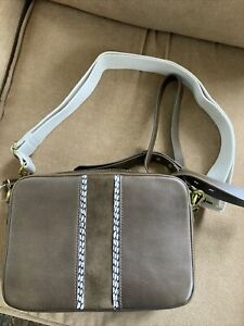 NWT Madewell The Suede Insert Edition Large Transport Camera Bag Darkest Olive/M
