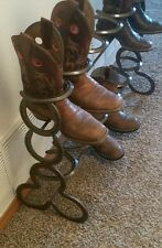 Horseshoe boot rack holds 6 pair of boots