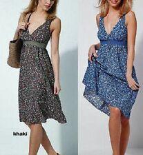"""""""Retourenware"""" Empire Kleid khaki Blumen Gr. 38 Smok NEU! 517256"""