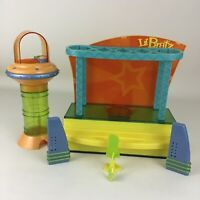 Lil' Bratz Doll Rock Starz Concert Stage Playset Speakers Carry Along MGA Toy