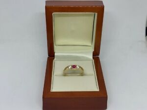 14ct Yellow Gold Ring with White and Pink Cubic Zirconia