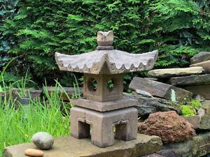 Steinlaterne aus Naturstein viereck Dach stellt glückverheißend #G-PAG-S007