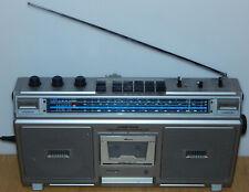 Philips D-8214 LW MW KW SW AM UKW FM Radio Batterie-/Netzbetrieb spatial Stereo