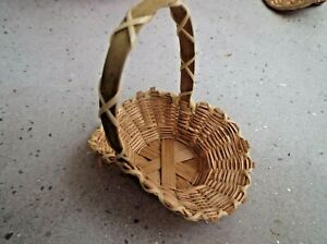 NATURAL STRAW SMALL BASKET with HANDLE SIZE 8 cm x 6 cm base 4 cm