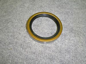 MUNCIE 4 sp TRUCK SM420 TRANSMISSION REAR OIL SEAL 22340