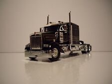 DCP 1/64 BLACK WITH GOLD STRIPES KENWORTH W900 WITH 72'' AEROCAB SLEEPER