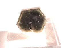 CRISTAL D'APATITE BITERMINE  DU BRESIL mineraux de collection
