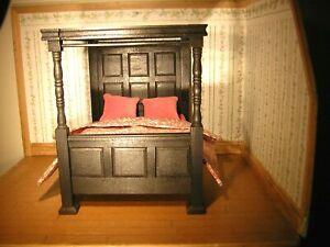Casa de muñecas en miniatura muebles de puerta 1:12th 2pc Negro Mangos de puerta estilo Tudor Inglés