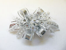 Bridal Head piece, hair clip (tocado) - Elegant and Cute! White and Silver