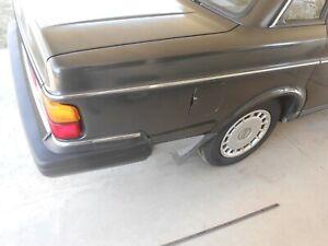 1986-93 Volvo 240 SEDAN Passengers Right Rear Quarter Belt line Molding Trim OEM
