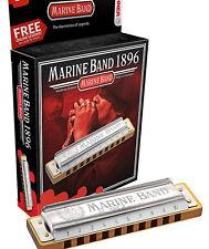 Hohner Marine Band Harmonica en la clave de D viene en una funda Plus en una caja de regalo