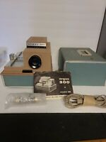Vintage Argus 300 Model 38 Automatic Slide Projector With Case Tested Works 100%