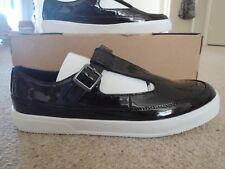 Lote increíble T-Bar Zapatos Clarks en tamaño de Reino Unido 6