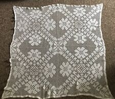 """40"""" Square HAND CROCHETED COTTON LACE Vintage TABLECLOTH TOPPER"""