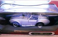 Shelby Cobra 427 S/C 1964 silber argentin silver metallic, Road Signature 1:18!
