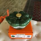 Le Creuset Emerald Clover Cast Iron Dutch Oven 2.25 Qt