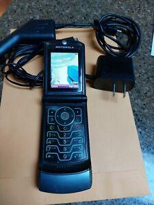 Motorola RAZR V3 Dark Platinum / Gray ( AT&T ) Cellular Phone -Bundled