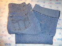 $64 L.A. Blues embellished capri jeans medium wash size 14 roll leg pants