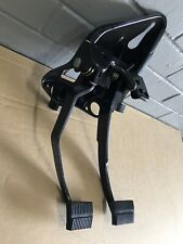 Holden VN, VP, VR, VS v6 V8 Manual Pedal Box