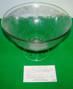 40590 Southern Living At Home Pressed Glass Serving Bowl  - New in Original Box