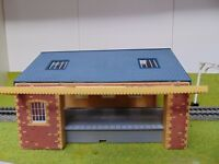 Hornby Goods Shed (please select from variations) ~ OO Gauge REF017