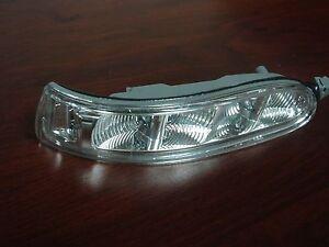 Mercedes-Benz W209 CLK-Class Genuine Right Door Mirror Turn Signal Light NEW