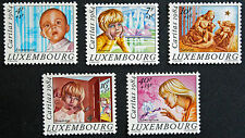 Timbres / Stamp LUXEMBOURG Yvert et Tellier n°1062 à 1066 n** (cyn12)