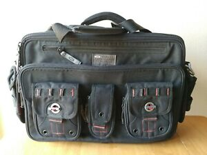"Oakley Tactical Field Gear SI Standard Issue Laptop Bag 20-S1242 Camo 16"" Brief"