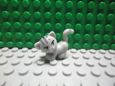 Minifig Pink Muzzle /& Yellow Eyes Head Cat w// Wide Grin LEGO Cheshire Cat