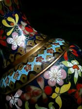 "Spectacular Antique Chinese large cloisonne ""Mille Fleurs"" vase 11.5"" tall"