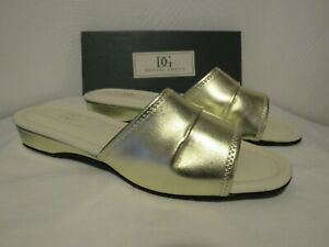 DANIEL GREEN Women's Gold Dormie Cushy Comfort Slipper NIB SZ 10 B