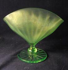 "Fenton florentine green fan vase stretch glass  5"" tall"