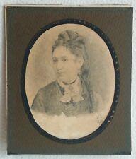 Ancien et authentique dessin à la mine de plomb élégante Jeune Femme A.L 1876