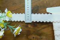 Cambric Lawn Cotton Eyelet Lace CREAM 30mm wide 6 Metre Length 21061 FltLwnBraid