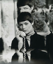 Glenda Jackson UNSIGNED photo - K8648 - British actress and former Labour Party