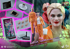 Hot Toys MMS407 Suicide Squad 1/6th scale Harley Quinn (Prisoner Version) Figure