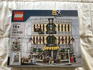 LEGO Creator Grand Emporium (10211) - 2182 Pieces Factory sealed