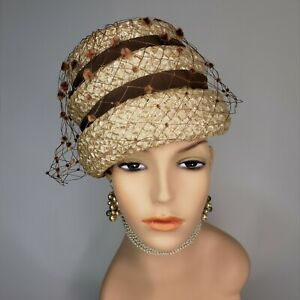 Vintage 1960s MOD Peach Basket Hat Cloche Beehive Tan Net Veil Straw Raffia
