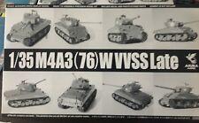 1/35 US Medium Tank M4A3 (76)W VVSS Late Sherman ~ Asuka / Tasca 35-043
