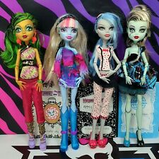 Monster High Dolls Jinafire Long Abbey Bominable Ghoulia Yelps Frankie Stein A9