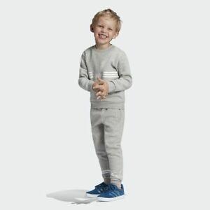 adidas Originals infant grey Outline crew neck suit. Ages 4-5, 5-6, 7-8 years
