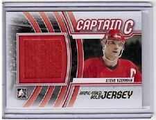 STEVE YZERMAN 11/12 ITG Captain C GOLD /10 Detroit Jersey Red Wings M-52 SP